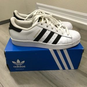 Adidas womens superstar.